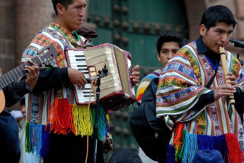 Musicians-in-bright-costume-cusco-peru-Photo-013.jpg