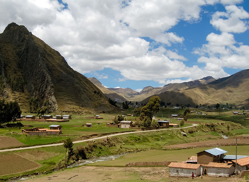 Andes-Mountains-in-Peru_012E.jpg