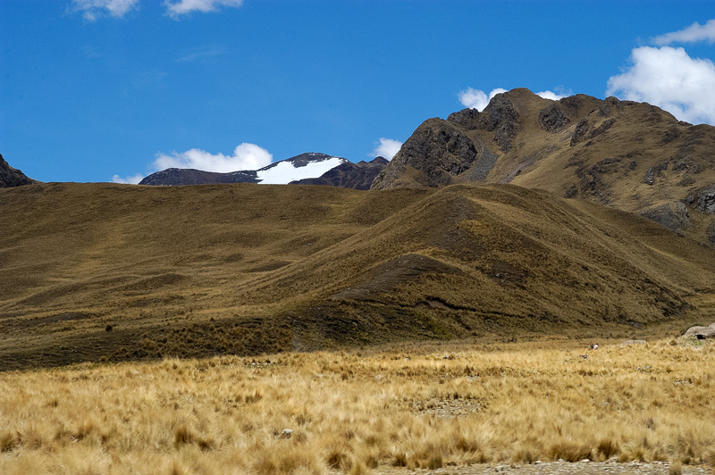 Andes-Mountains-in-Peru_013.jpg