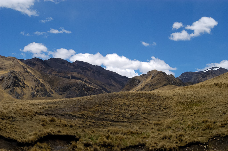 Andes-Mountains-in-Peru_014.jpg
