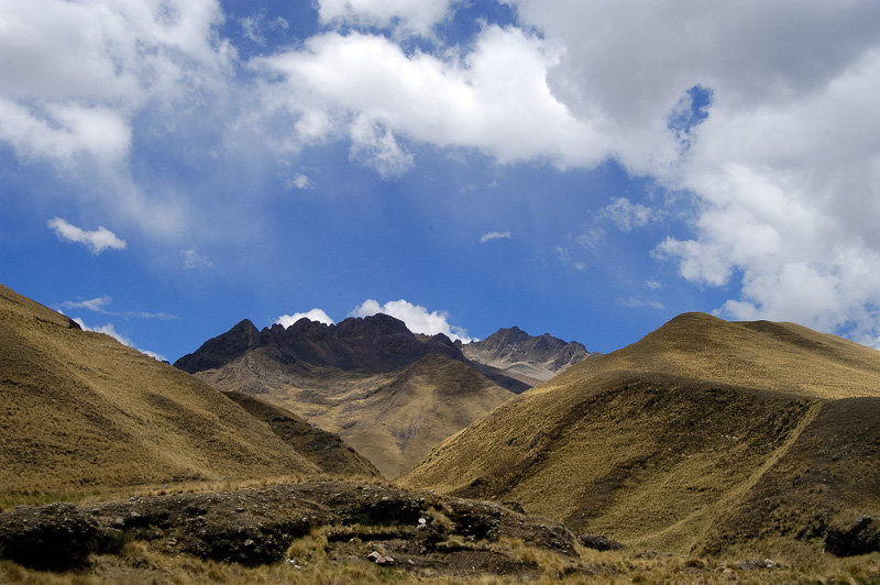 Andes-Mountains-in-Peru_015.jpg