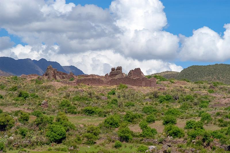 Peruvian-landscape-with-clouds_photo-002.jpg