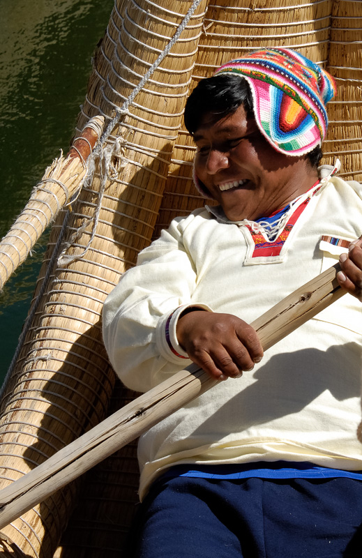 Traditional-reed-boats-Lake-Titicaca-Photo-2596A.jpg
