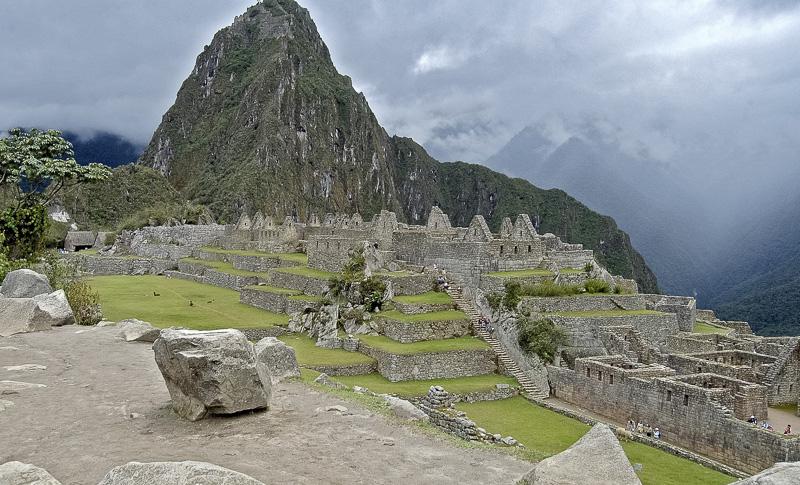 Inca-Ruins-Machu-Picchu-Peru_032c.jpg