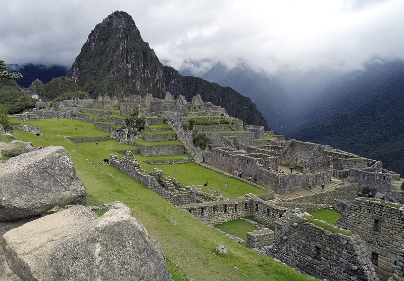 Inca-Ruins-Machu-Picchu-Peru_034c.jpg