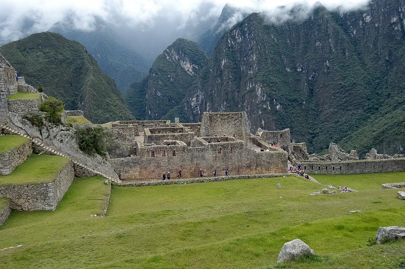 Inca-Ruins-Machu-Picchu-Peru_041-2.jpg