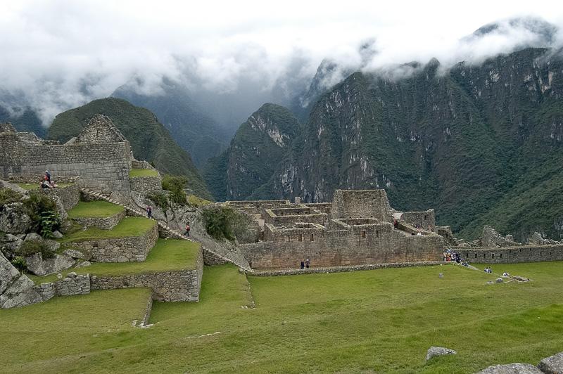 Inca-Ruins-Machu-Picchu-Peru_042-2.jpg