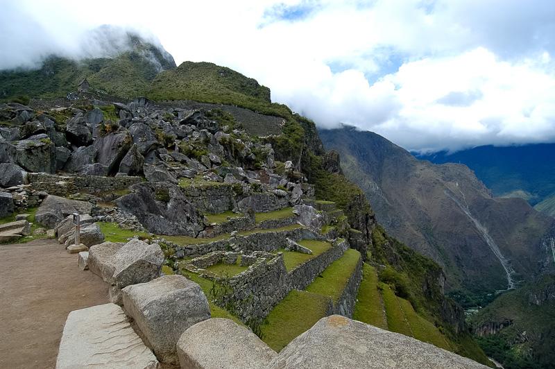 Inca-Ruins-Machu-Picchu-Peru_044-2.jpg