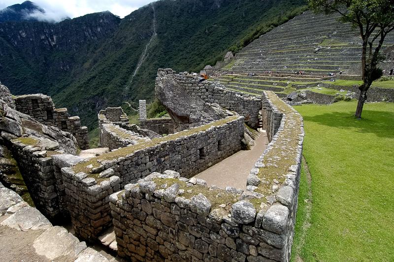 Inca-Ruins-Machu-Picchu-Peru_054-2.jpg