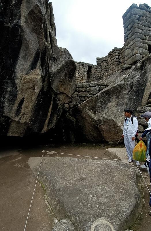 Inca-Ruins-Machu-Picchu-Peru_064-2.jpg