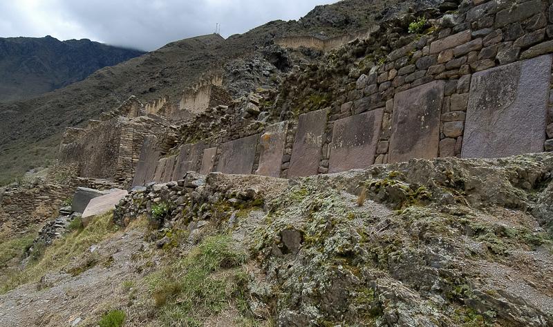 Inca-Fortress-of-Ollantaytambo_016.jpg