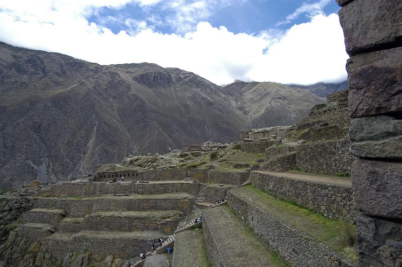 Ollantaytambo-an-Inca-fortress-carved-terraces-Photo_018.jpg