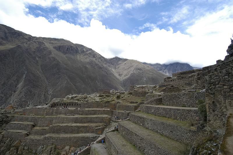 Ollantaytambo-an-Inca-fortress-carved-terraces-Photo_022.jpg