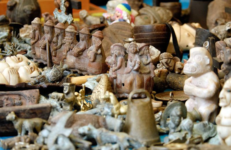 Pisac-market-Inca-Figures-for-sale-038.jpg