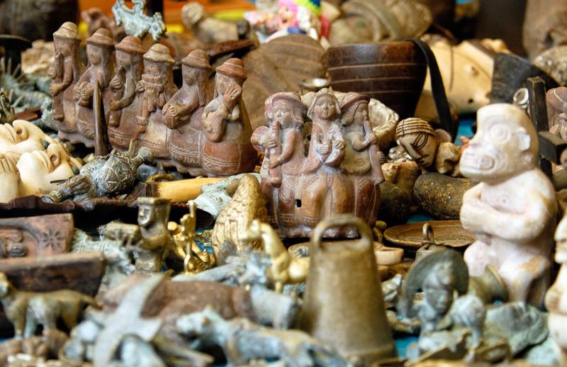 Pisac-market-Inca-Figures-for-sale039.jpg