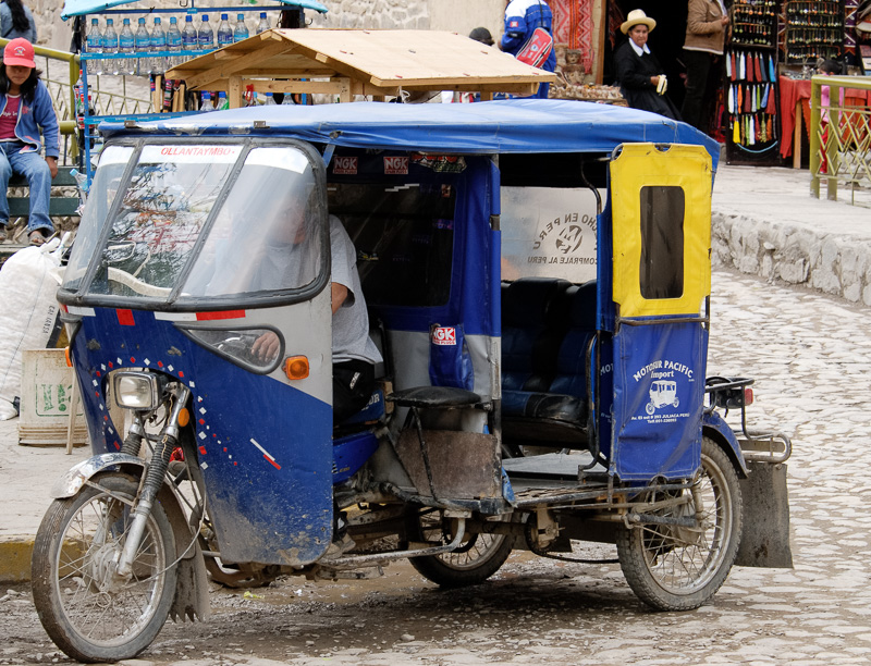 Three-wheeled-transportation-Peru-034.jpg