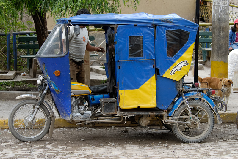 Three-wheeled-transportation-Peru-035.jpg