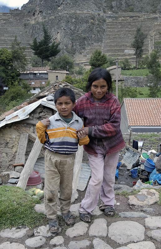 Two-Peruvian-children_020.jpg