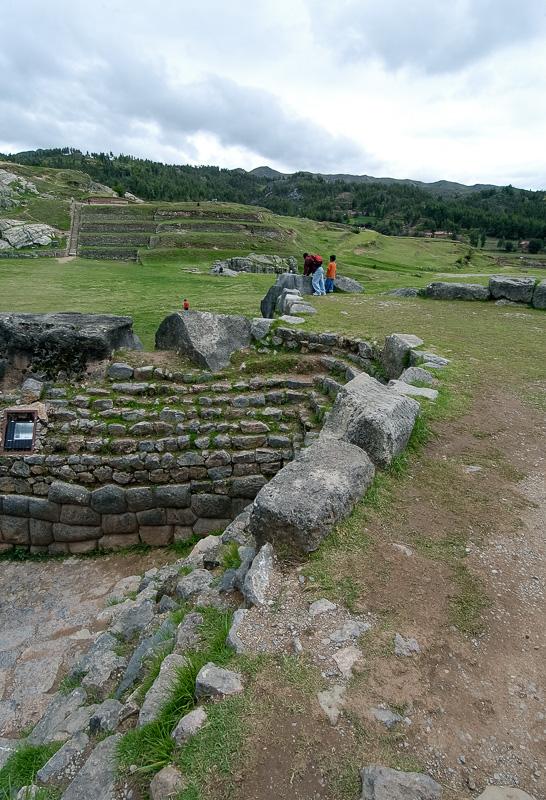 Sacsayhuaman-Inca-Ruins-Peru-Photo-002.jpg
