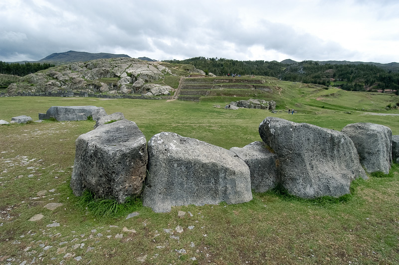 Sacsayhuaman-Inca-Ruins-Peru-Photo-003.jpg