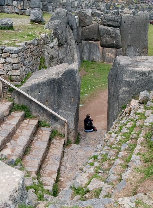 Sacsayhuaman-Inca-Ruins-Peru-Photo-006.jpg