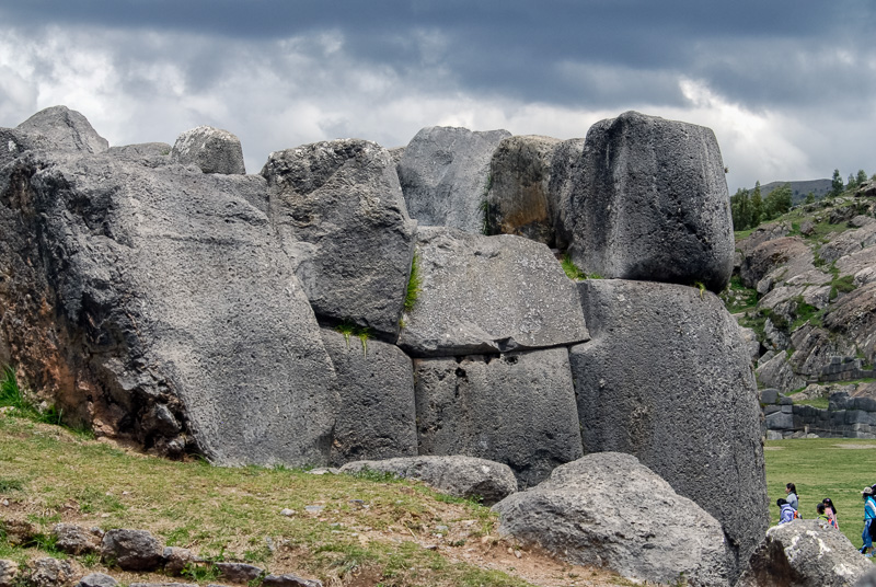 Sacsayhuaman-Inca-Ruins-Photo_010.jpg