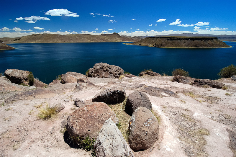 Lake-Umayo-near-Puno-in-Peru-Photo-013.jpg