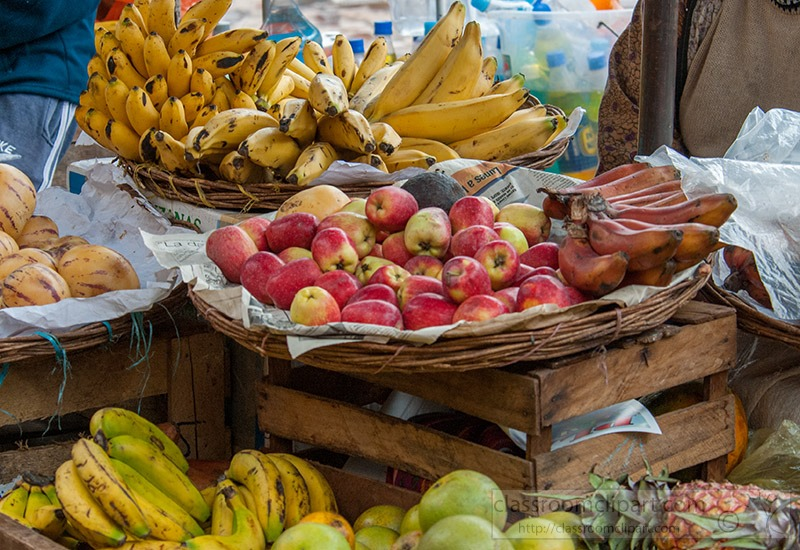 fruit-stand-at-pisac-market-peru-335.jpg