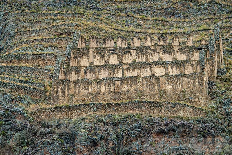 ollantaytambo-an-inca-fortress-1234.jpg