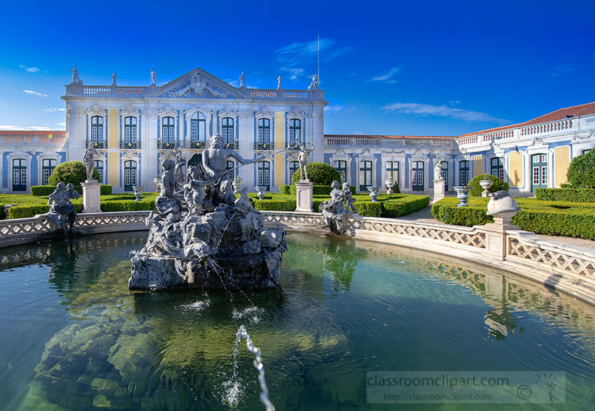 splash-fountain-at-the-palace-of-queluz.jpg