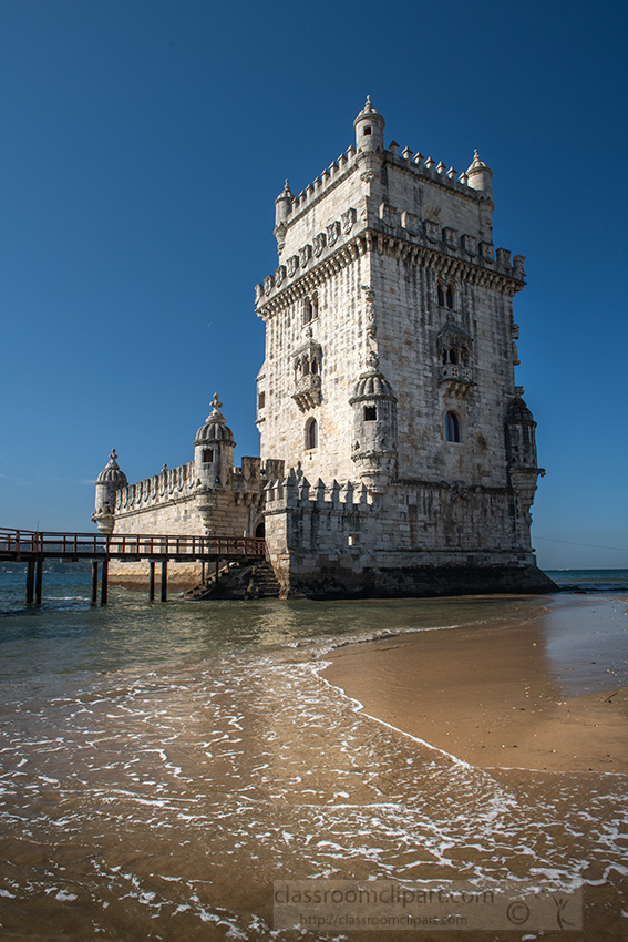 tower-of-saint-vincent-in-lisbon.jpg