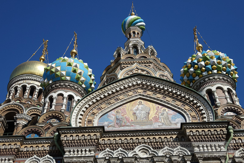 photo-elaborate-facade-of-the-Church-of-Our-Savior-st-petersburg-russia-2394.jpg