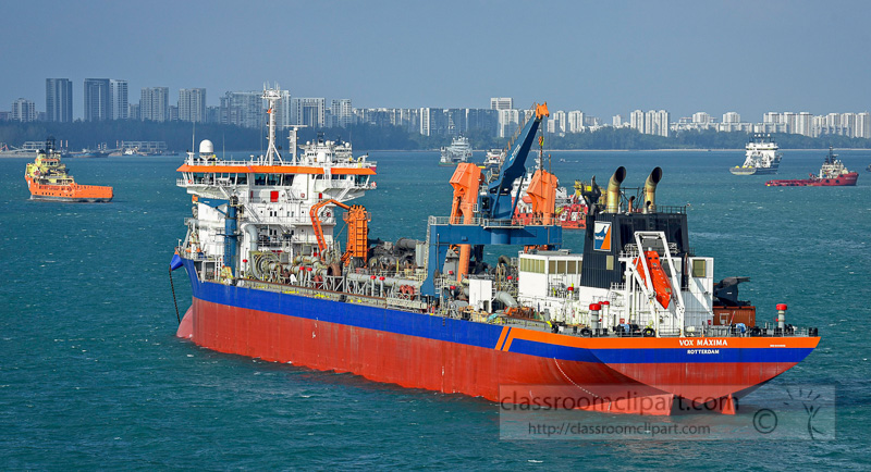 ship-in-the-busy-harbor-singapore-6088.jpg