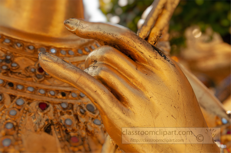 close-up-of-the-hands-golden-statue-grand-palace-bangkok-thailand-image-4173.jpg