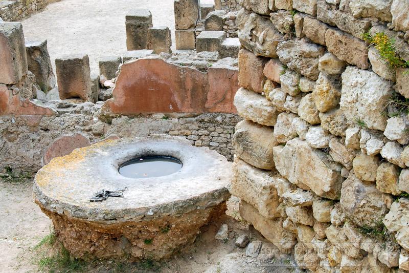 carthage-tunisia_189a.jpg