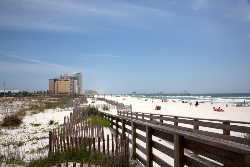 beaches-on-the-gulf-coast-in-orange-beach-1.jpg