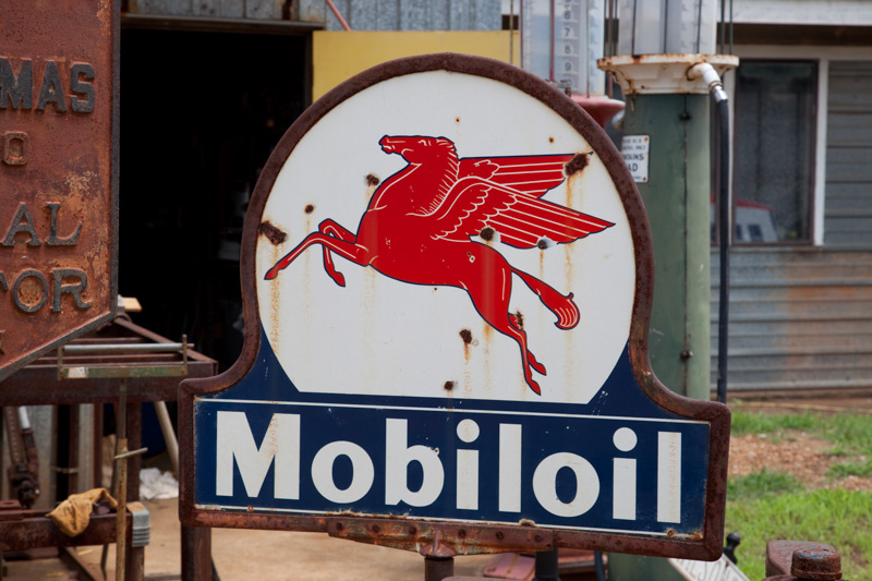 historic-mobil-oil-sign-mooresville-alabama.jpg