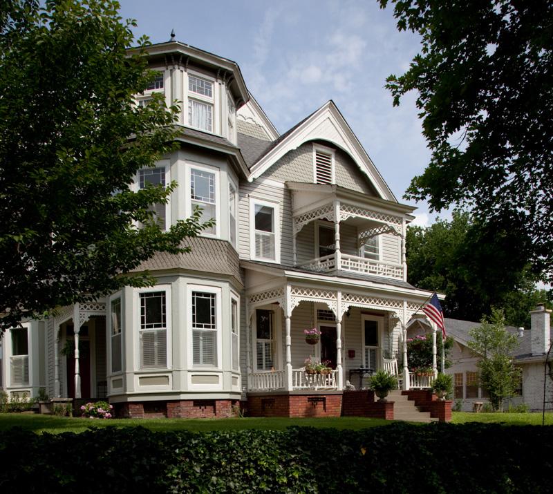 queen-ann-victorian-homes.jpg