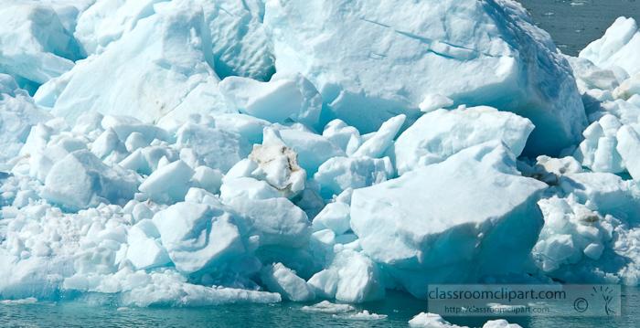 ice-floating-in-glacier-bay-alaska-photo_660bcc.jpg