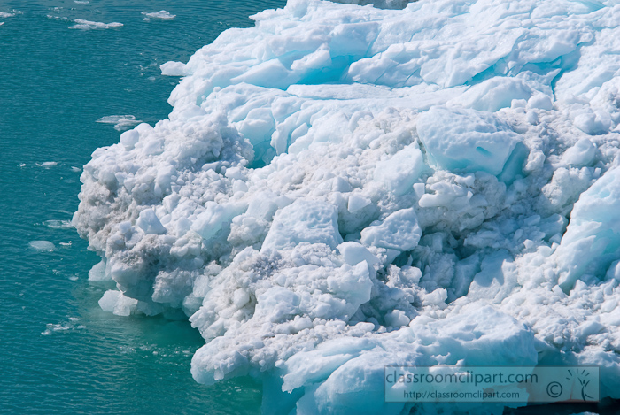 ice-floating-in-glacier-bay-alaska-photo_681cc.jpg