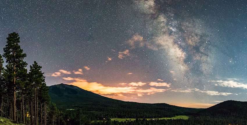 nighttime-view-of-the-san-francisco-peaks-from-the-northwest-on-the-rim-of-walker-lake-crater-arizona.jpg