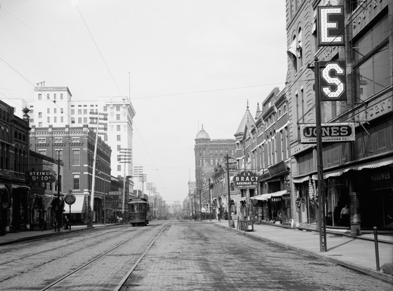 main-st-north-from-6th-sixth-street-little-rock-arkansas.jpg