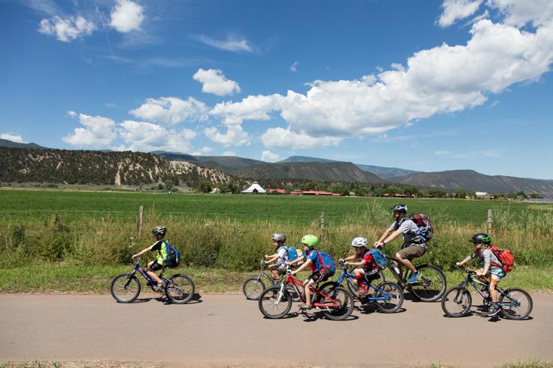 bicyclists-in-carbondale-colorado.jpg