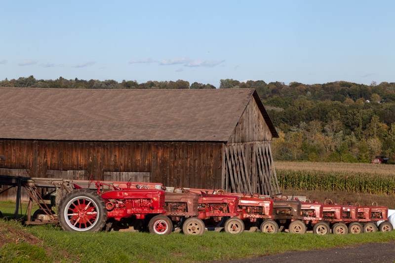 red-tractors-and-tobacco-barns-in-suffield-connecticut.jpg