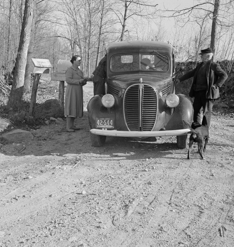 rural-mail-delivery-in-ledyard-connecticut-1940.jpg