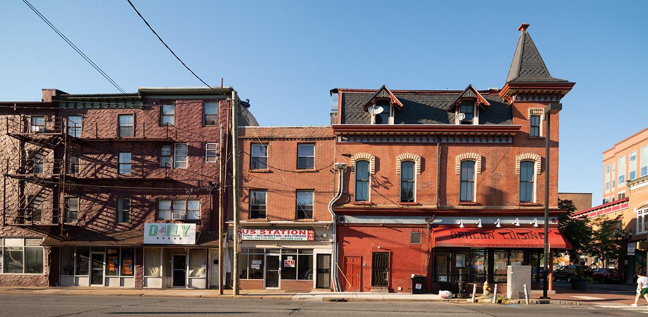 market-street-w-4th-street-in-downtown-wilmington-delaware.jpg