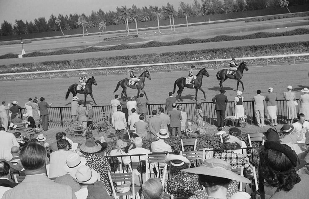 horse-races-hialeah-park-miami-florida-1939.jpg