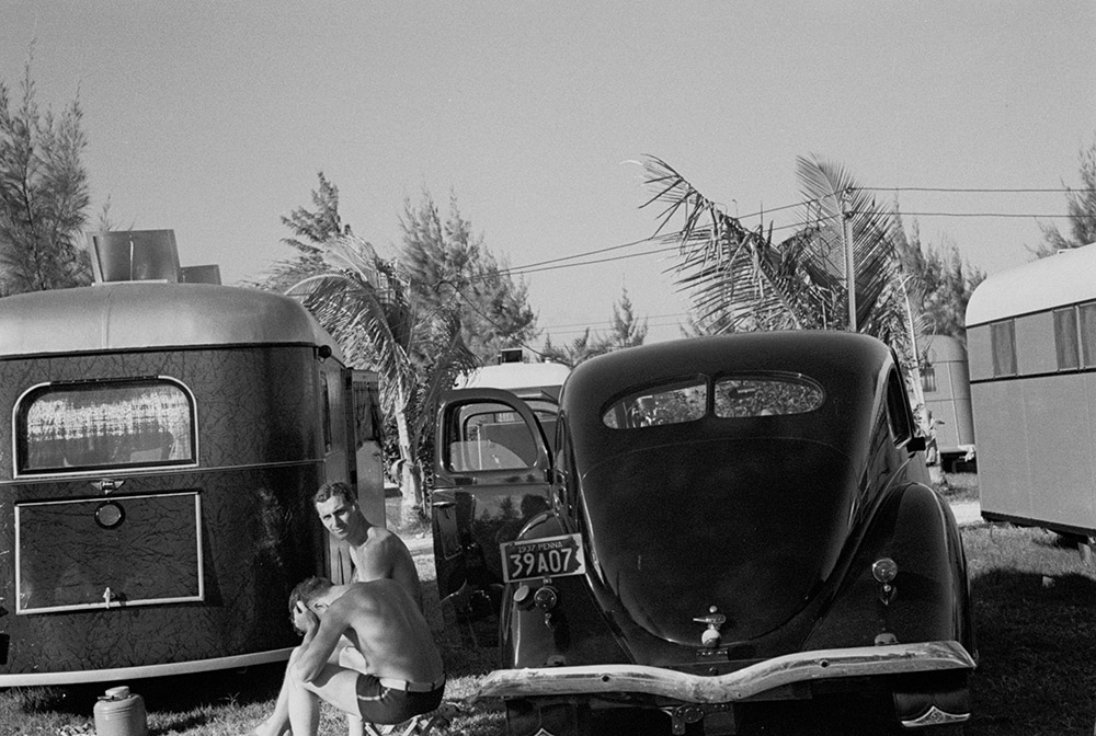 scene-in-an-auto-trailer-camp-near-dania-florida-where-200-cars-are-encamped.-this-is-one-of-floridas-higher-class-trailer-camps-the-rates-being-$5.00-weekly.jpg