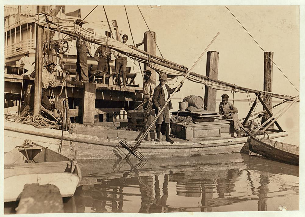 young-oyster-fisherman-apalachicola-florida-1909.jpg