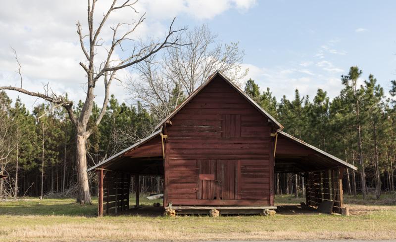 rustic-barn-near-cary-georgia.jpg